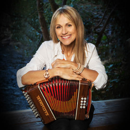 Sharon Shannon plays Newry Town Hall on 8th of September 2018